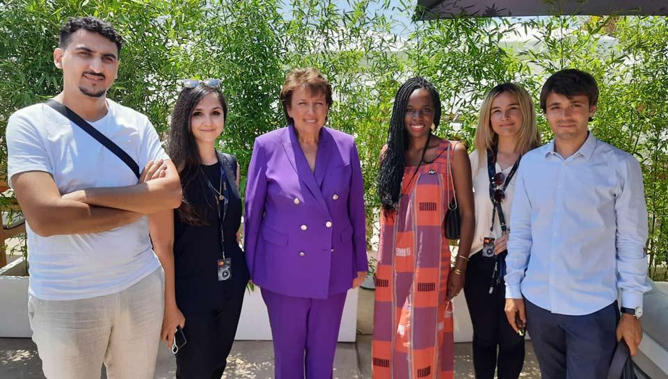 La ministre de la Culture, Roselyne Bachelot, entourée des talents We Build Change